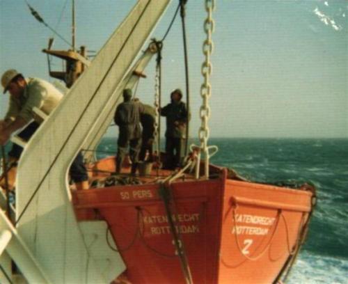Katendrecht (4) sloep onderhoud